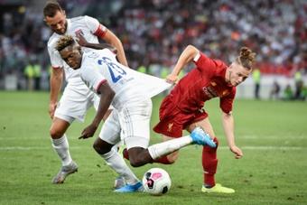Elliott foi titular contra o Liverpool. AFP