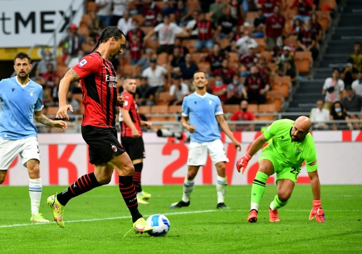 Ibrahimovic marcou o 2º gol do Milan. AFP