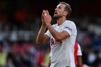 A torcida culpou Kane pela derrota do Tottenham. AFP