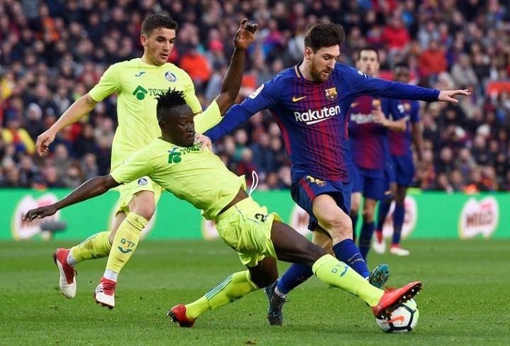 Sevilla vai avançar por Djené se Koundé sair.AFP