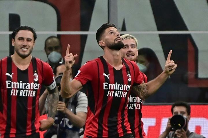 Milan goleou o Cagliari em casa. AFP