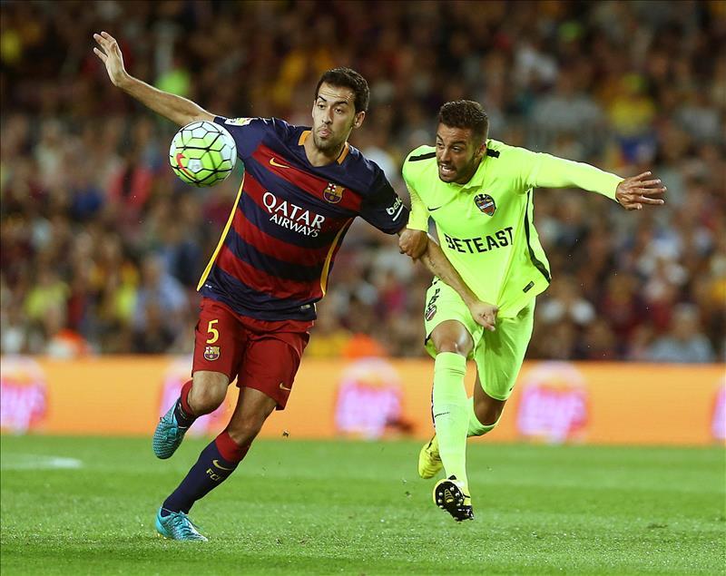 Barcelona supera en casa al Levante