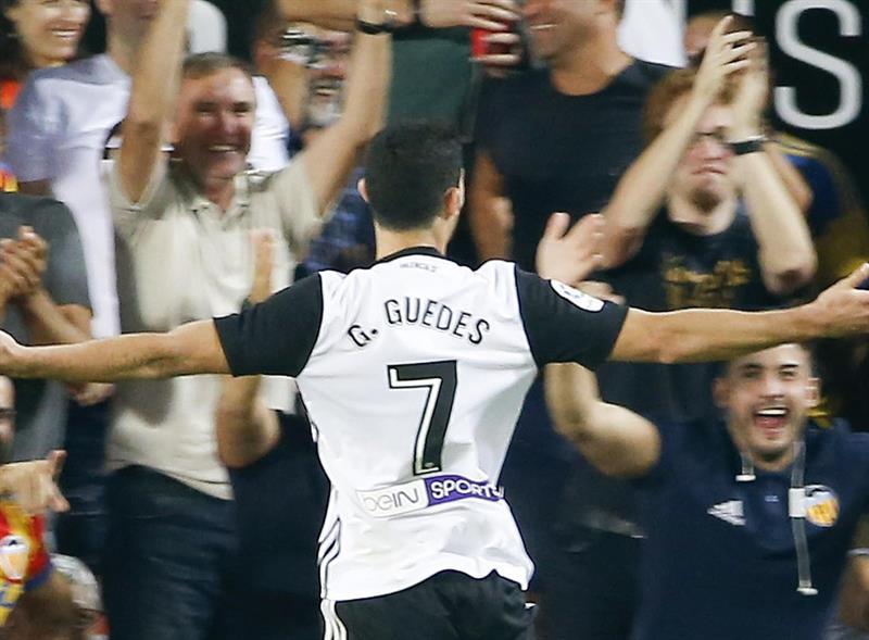 Emery a appelé Guedes pour le féliciter — Valence