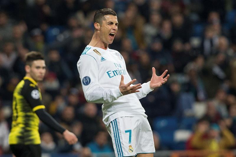 Di Stéfano es mejor que Cristiano Ronaldo — La afición decide