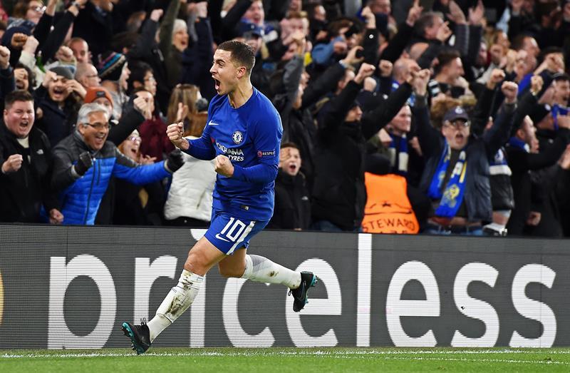 Chelsea se impone al Huddersfield