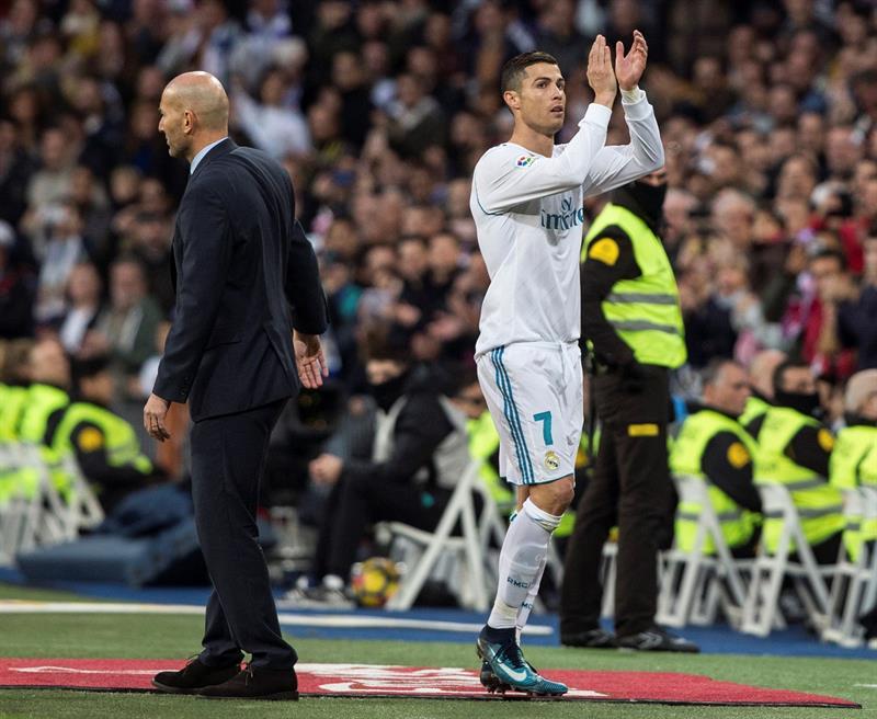 Mercato - Real Madrid : Ce joueur libre qui plaît à Cristiano Ronaldo…
