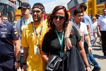 La madre de Neymar, operada con éxito. EFE