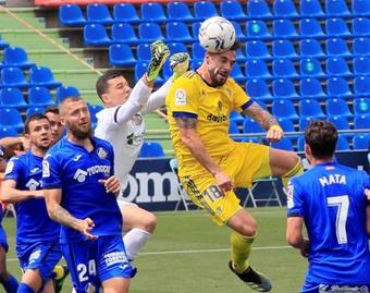 Negredo puede superar a siete míticos goleadores del Cádiz este año