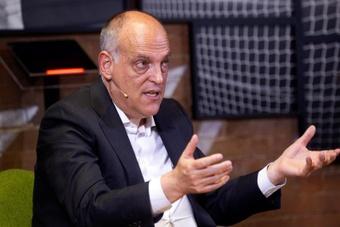 Tebas habló sobre el control económico de la UEFA. EFE
