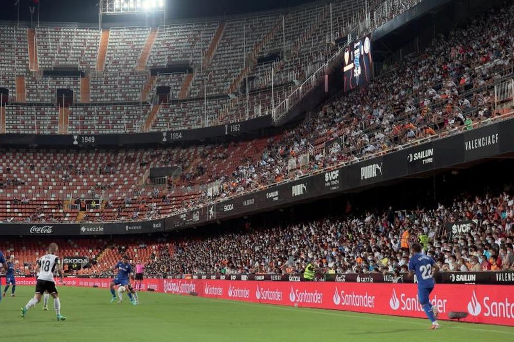 Valence pourrait accueillir 9000 supporters de plus face au Real Madrid. EFE