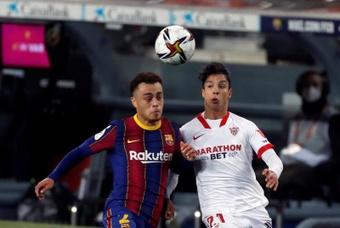 Sevilla-Barcelona e o Villarreal-Alavés, oficialmente adiados.EFE