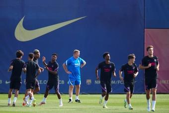 Barça treina com as ausências de Jordi Alba e Pedri. AFP
