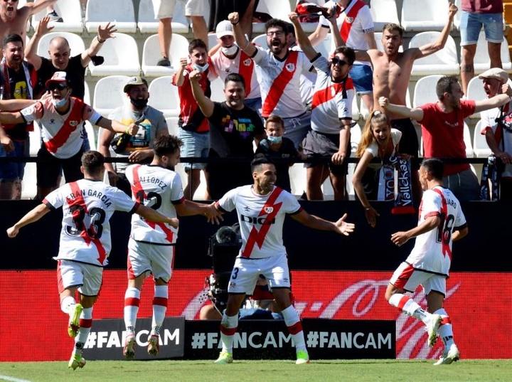 Iraola alabó a Falcao; Míchel no teme por su puesto. EFE/Víctor Lerena