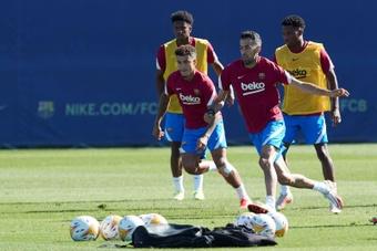 Coutinho pourrait être titularisé ce lundi. EFE