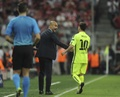 Guardiola wants Messi to be available for the Champions League game. EFE