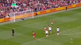 El Manchester United perdió por la mínima ante el Aston Villa. Captura/DAZN
