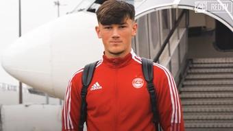 Calvin Ramsay está na agenda do Everton.Captura/AberdeenFootballClub
