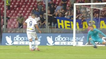 Kalinic anotó un doblete en 30 minutos contra la Salernitana. Captura/ESPN