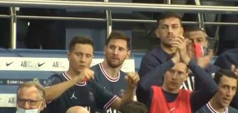 A cara de poucos amigos de Leo Messi após a vitória do PSG. Captura/ESPN