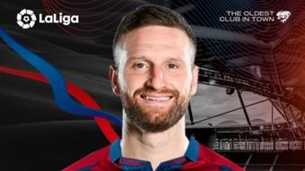 OFICIAL: Mustafi, nuevo jugador del Levante. Twitter/LevanteUD