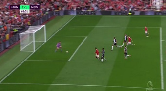 Ronaldo segna una doppietta contro lo United. DAZN