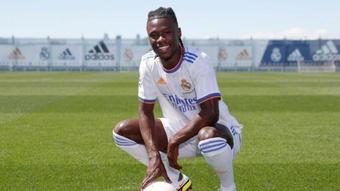 Confira a dura história de Camavinga, o novo craque do Real Madrid. Twitter/RealMadrid