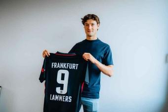 Sam Lammers jogará emprestado na Bundesliga. Eintracht
