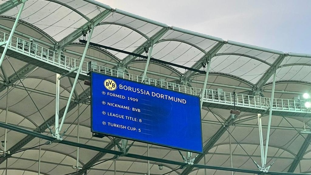 Un despiste del Besiktas se hizo viral. BVB/Twitter