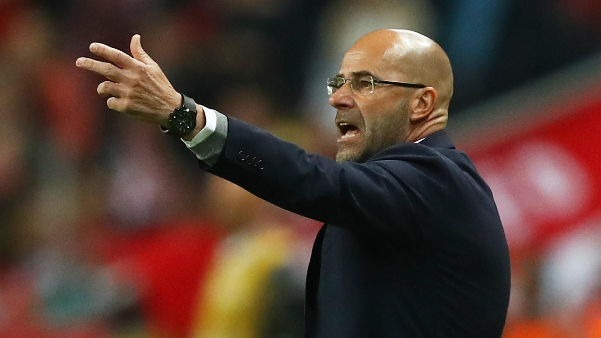 C'est fini pour Bosz ! (officiel) — Dortmund