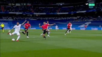 Presentão para Benzema logo aos três minutos e gol do Real Madrid. Captura/MovistarLaLiga
