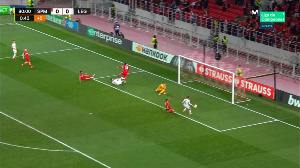 Kastrati anotó el primer gol de esta Europa League... ¡en el 91'! Captura/MovistarLigadeCampeones