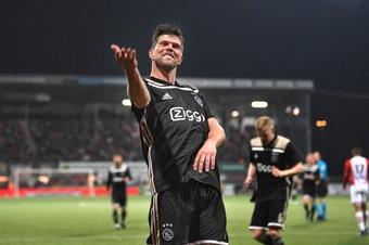 Klaas-Jan Huntelaar raccroche les crampons. Ajax