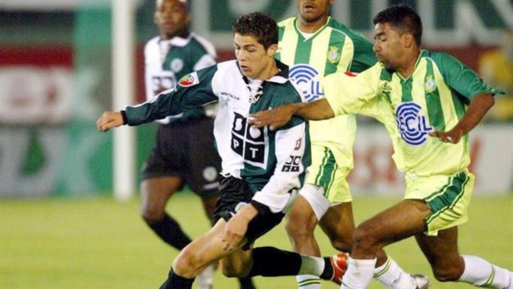 Fernando Santos raconte le jour où CR7 a tapé dans l'oeil de Man United. EFE