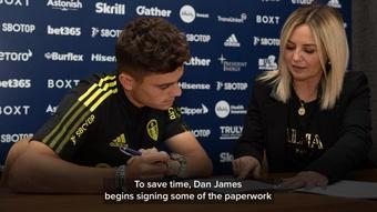 Daniel James é o mais novo jogador do Leeds. Twitter/LUFC