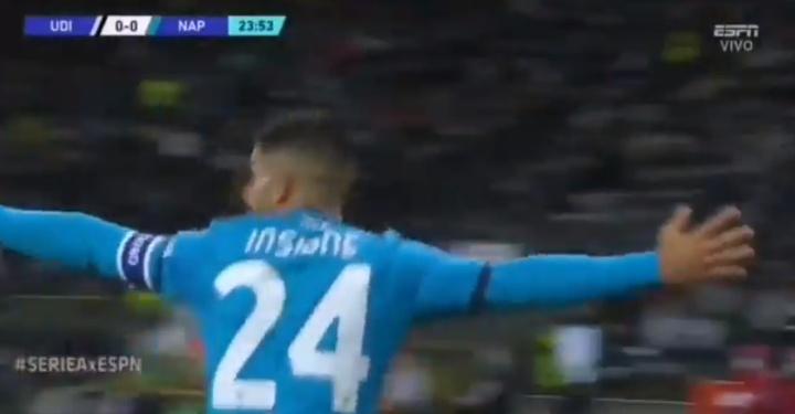 Insigne tiró de calidad en la jugada del 0-1 ante el Udinese. Captura/ESPN