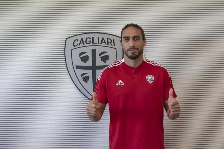 OFICIAL: Martín Cáceres no Cagliari.CagliariCalcio