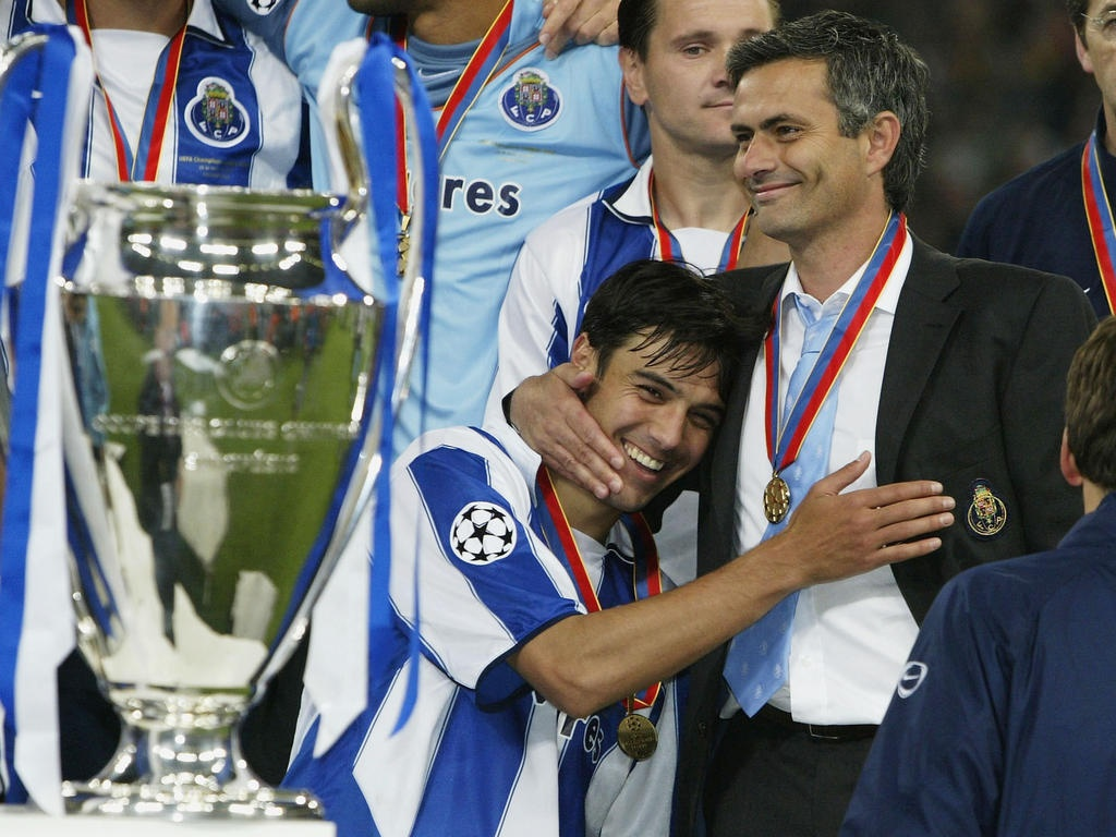 Mourinho celebra la Champions con el Oporto
