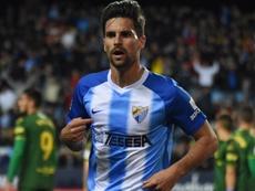 Adrián es uno de los capitanes. BeSoccer