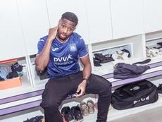 El Getafe cancela la cesión de Diaby, que se marcha al Anderlecht. Twitter/RSCAnderlecht