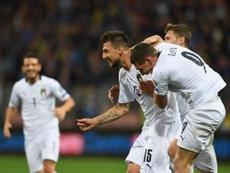 Il primo goal porta la firma di Acerbi. Twitter/Italia
