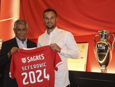Seferovic restera à Benfica jusqu'en 2024. SLBenfica