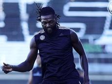 Adebayor apunta a su debut ante Cerro. Olimpia