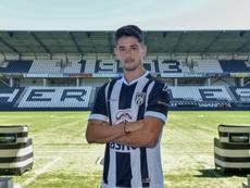 Adrián Dalmau se está labrando un nombre en la Eredivisie. Twitter/HeraclesAlmelo