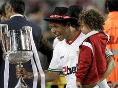 Adriano confía en las posibilidades del Sevilla de hacer un buen papel en LaLiga. EFE