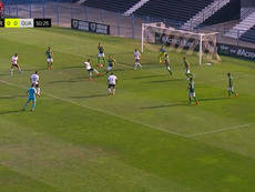 Adson, do Corinthians Sub-20, marca golaço contra o Guarani. Twitter @Corinthians