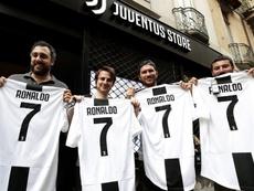 Kit sells still fund signings. Twitter/VenturaDEM
