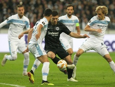 La doble estrategia del Barça con Jovic. AFP