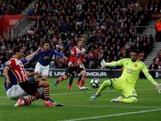 Sergio Romero es el segundo portero del United, un suplente de lujo. AFP/Archivo