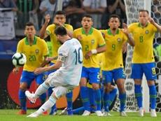 Paquetá llevó el '10' que suele portar Neymar. AFP