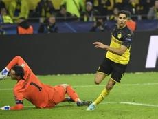 Hasta siete clubes importantes pretenden a Achraf. AFP